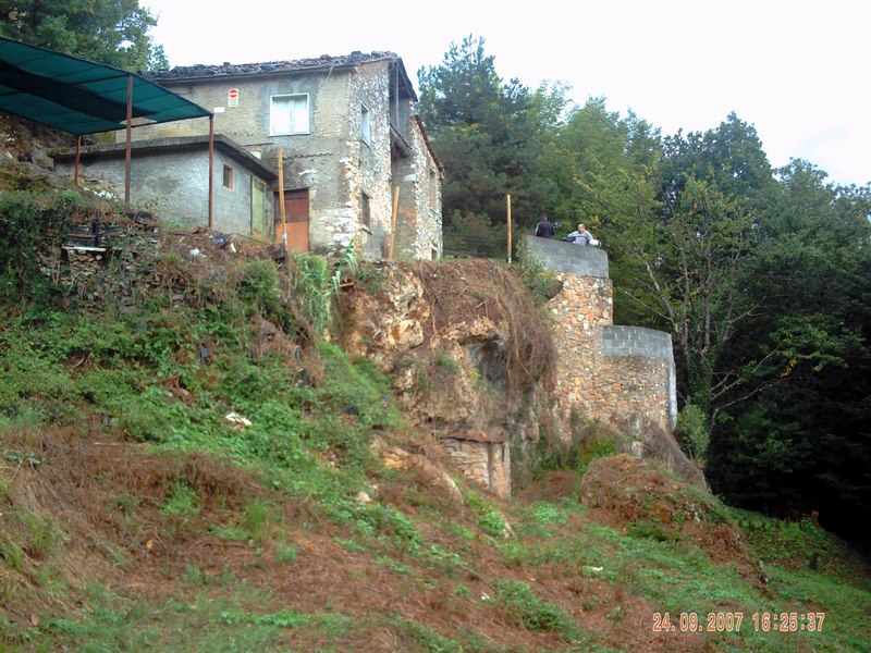 Rural cottage in Versilia with sea view